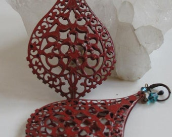 Bohemian 3D double sided etched earrings.  Hand painted filigree with swarovski crystals on bronze ear hook.