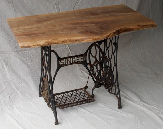 Items similar to live edge table desk with cast iron - Table machine a coudre singer ...