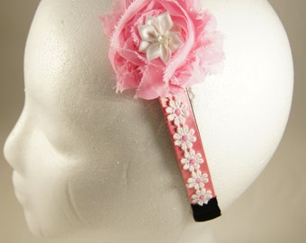 Pink and white Daisy headband with pink and white flower accent