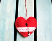 Heart ornament felt, handmade, red, Home sweet home, country style, new home gift, Wedding, Christmas, Birthday gift, Housewarming decor