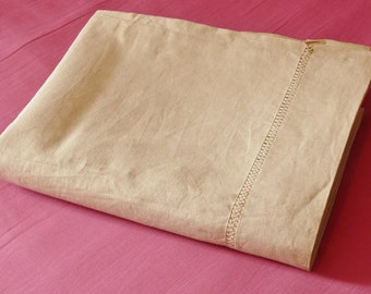 CLOTH linen with days old