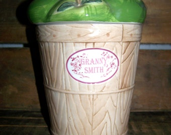 Granny Smith Apple Collectible Cookie Jar Kitchen Decor