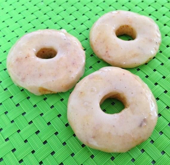 Almond Vanilla mini donuts
