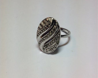 Vintage Sterling Silver Marcasite Large Oval Ring