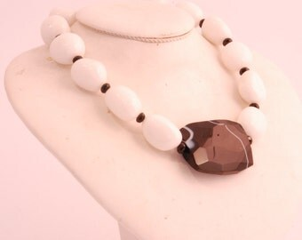 White Agate and Onyx Necklace