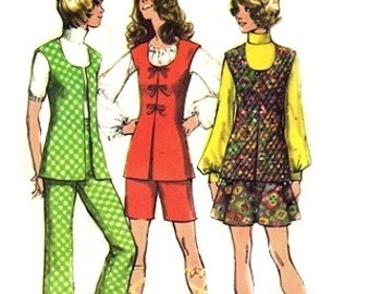 Simplicity 9872 Kitschy Vest, Mini-Skirt, Pants or Shorts 1972 / SZ14 UNCUT