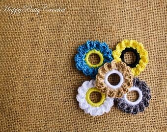 Mini Crochet Flower Appliques - 5PCS - Leafed Ring Flowers - F105