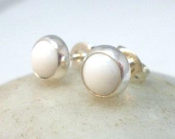 White Agate Sterling Silver Stud Earrings .. 6MM Studs .. White Agate Studs .. Agate Stud Earrings .. Handmade Earrings
