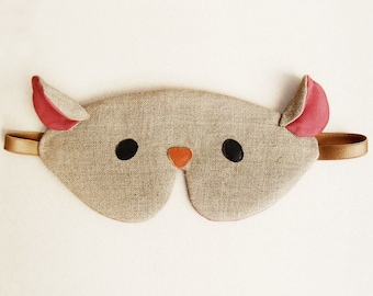 Mouse sleep eye mask with pouch