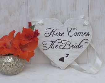 Here Comes The Bride Sign Heart Chair Signs Photography Props Rustic Wood Wedding Ring Bearer Flower Girl