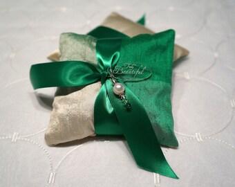 Green/Cream Lavender Sachet with charm