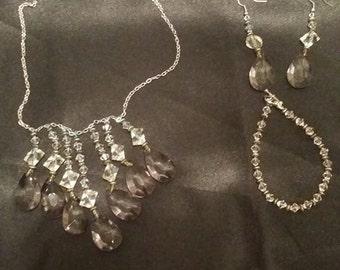 Scalloped Jewelry Set (Necklace, Earrings, Bracelet)