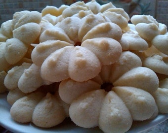 A Pound of Homemade Butter Cookies