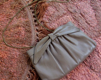 LATTE 1960's Vintage Light Brown Leather Clutch Purse with Big Bow & Gold Chain // by Ande
