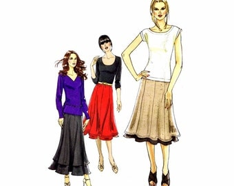 Misses Pull-On Paneled Skirts Vogue 8583 Sewing Pattern Full Figure Size 18 - 20 - 22 - 24 Waist 32 - 34 - 37 - 39 Uncut