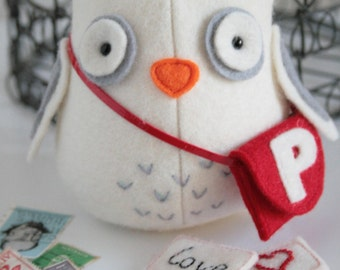 Owl Post : Owl sewing pattern, owl sewing PDF, owl pincushion, owl plush, felt owl, easy sewing owl, owl toy, owl softie