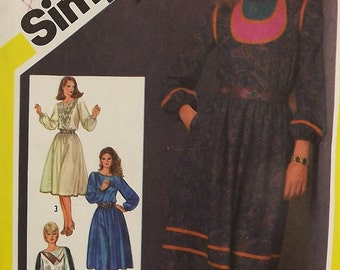 Vintage 80's Sewing Pattern, Misses' Dress, Size 10
