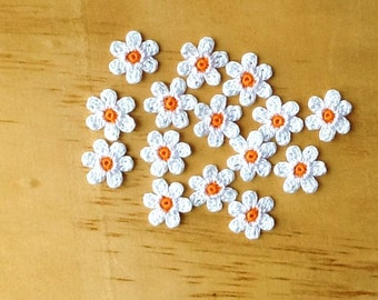 Crochet Flowers Appliques 117.12 --- 12 pcs --- Tiny Size flowers in White Petals with Centre in Orange