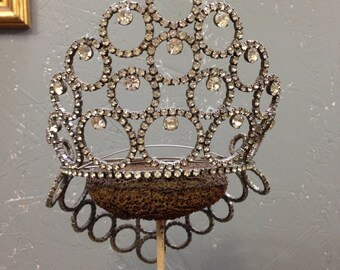 Vintage 1960's tiara, beauty pageant crown.
