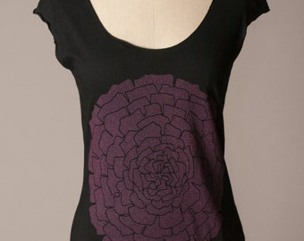 womens black tshirt, womens shirt, floral botanical screenprint, soft summer top