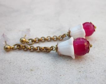 Vintage white glass & agate drop earrings, chain dangle earrings, agate earrings, flower earrings, stone earrings