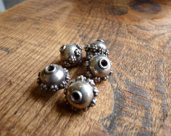 Coin Silver Flowered Band Accent Beads