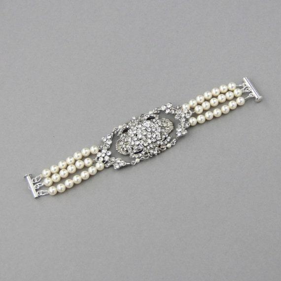 Pearl Cuff Bracelet, Vintage Wedding Bracelet, Ivory Pearl Bridal Bracelet, Swarovski Bridal Bracelet