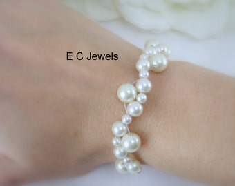 Intertwined Pearl Bracelet - Pick your color