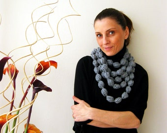 Gray Infinity Scarf Loop Scarf Circle Scarf Cowl Scarf Gray Bubble Scarf Apple Candy Chunky Neckwarmer