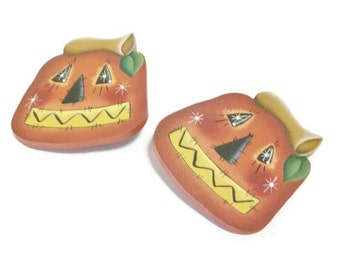 Hand Painted Halloween Lapel Pin | Cute Primitive Jack-O-Lantern Pin