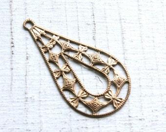 6 Vintage Art Deco Style Brass Earring Stampings // Filigree