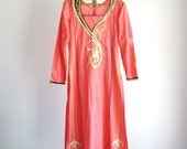 SALE Vintage Embroidered Caftan Pink Boho India Cotton Dress XS/S