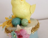 Vintage inspired Easter chick and eggs on candy box