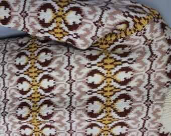 FREE SHIPPING Vintage Wool Scandinavian Design Handmade Sweater