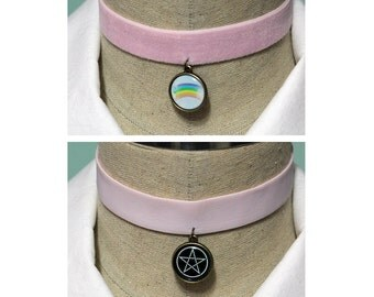 Pastel Goth 2 In 1 Reversible Velvet Elastic Choker - Pastel Pink With Your Choice Of Images
