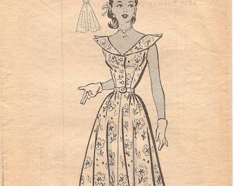 1950s Shirtwaist Dress Pattern - Anne Adams 4563 Vintage Pattern - Bust 33