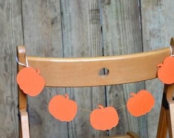 Pumpkin Chair Garland