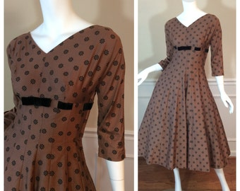 Vintage 1950s Carole King Circle Skirted Dress in Cocoa Bean