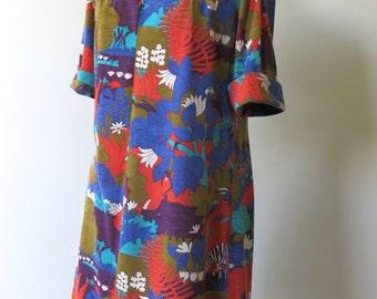 Vintage Novelty Print Handmade 1960s 1970s Jersey Knit Dress Medium Large