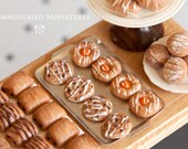 Cinnamon Swirl 1/12 scale dollhouse miniature