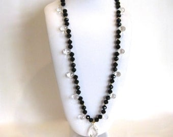 Vintage 30s Faceted Jet & Crystal Art Deco Long Beaded Necklace