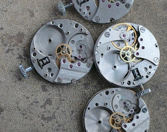 Vintage wrist watch movements -- set of 4 -- D2