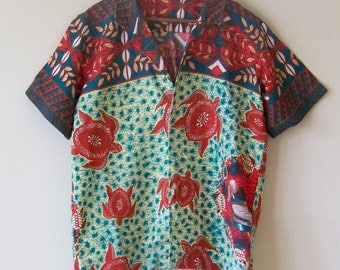 50s/60s Surfs Up Colorful Crawling Turtle Hawaiian Button Up M/L