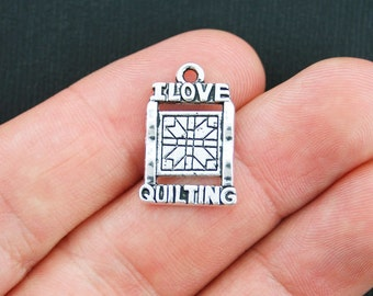 BULK 30 Quilting Charms Antique Silver Tone I Love Quilting  - SC3814