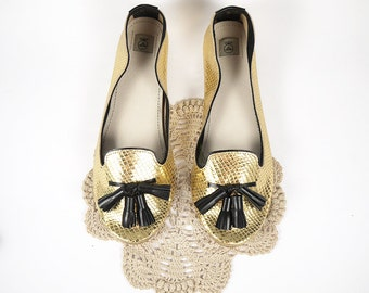 Loafers Shoes in Mirror Metallic Snake in Gold Leather and Black Tassels - Handmade Slip on Shoes
