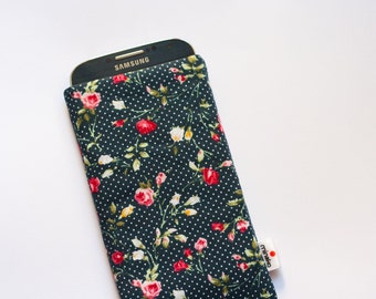 Vintage Roses Navy Case iPhone 5, 5c, 5s, 6, 6 Plus, iPod Touch, iPod Classic, HTC One A9 M9, Samsung Galaxy S6 S7, Sony Xperia Z5 Sleeve