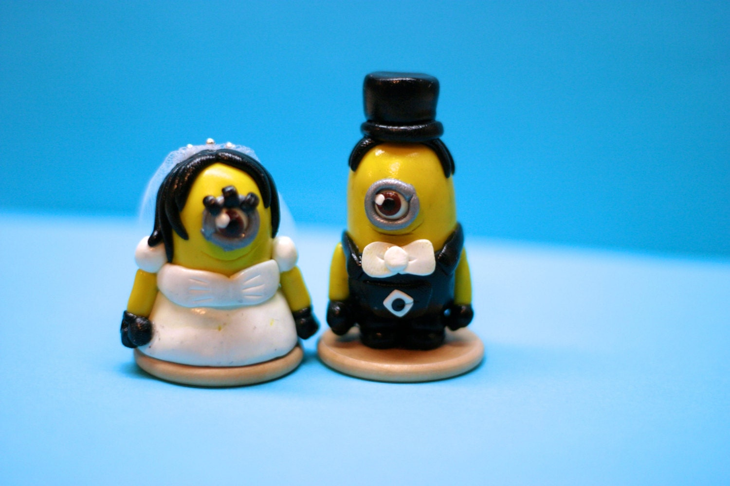 despicable me wedding cake topper wedding despicable me minions cake toppers made to by 13494