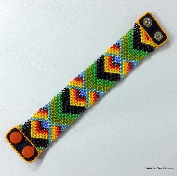 peyote dorado mexican beaded bracelet colorful by nazodesign