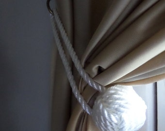 White Rope Knotted Tie Back Monkey Fist Knotted Double Looped Pull Back Curtain Tieback