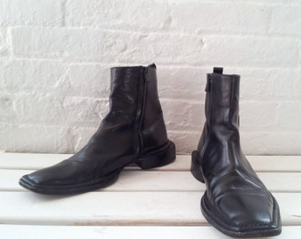 Costume National Black Chelsea Boots 7 Mens 90s Vintage Beatle Boots Square Toe Chunky Heel Italy Goth Minimalist Ankle Boots Leather Shoes